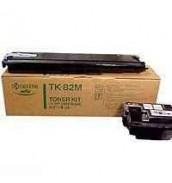 TK-82M Kyocera Тонер для FS-8000С красны...